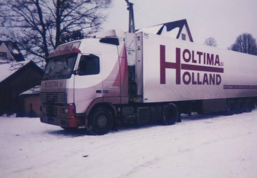 Christiaan-Wagenaar--Rieten-mandjes-laden-in-zuid-polen--1995--(2)