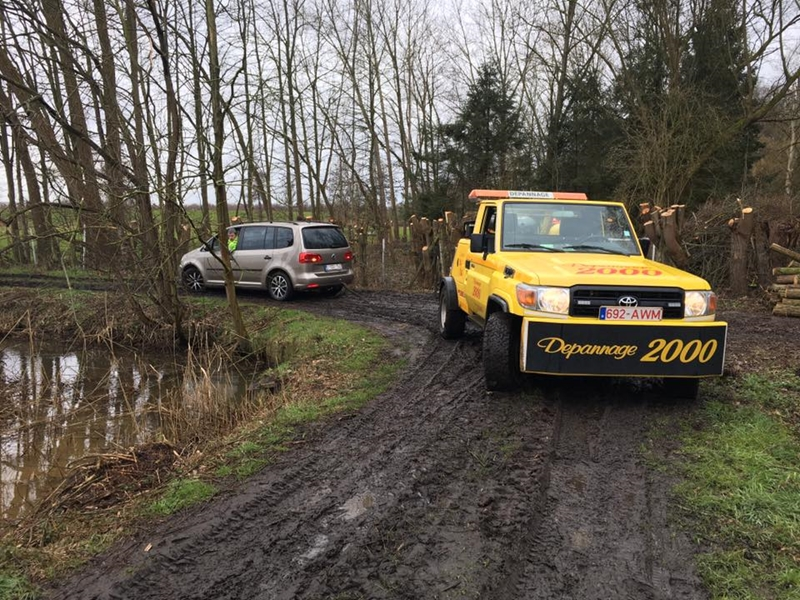 Jeep-(3)
