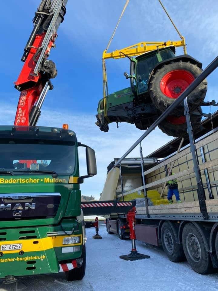 Scania-wordt-geladen-(4)