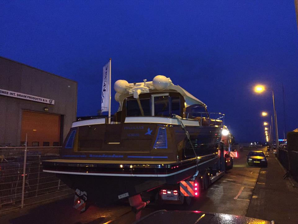 Scania-Aluminium-ruim-13-meter-lang--tijdloos-motorjacht-Breedendam-MTB-fourzero-Wheelhouse-op-Boot-Dusseldorf-2017--(4)