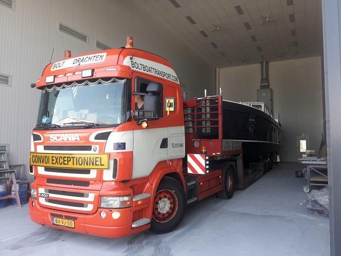 Scania-Boottransport-ABIM-Yachting-12076-Van-Jachtschilders-Alex-Bruintjes-Vollenhove-naar-Abim-Ossenzijl----17-7-2018-(5)