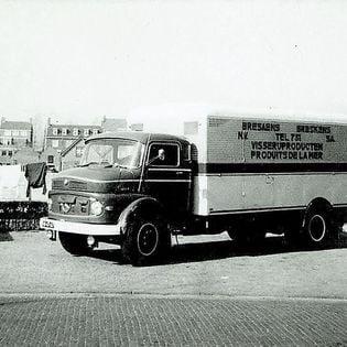 Remy-van-Zeele-Met-deze-wagen-mijn-eerste-reis-naar-oude-hallen-Parijs-in-1967--