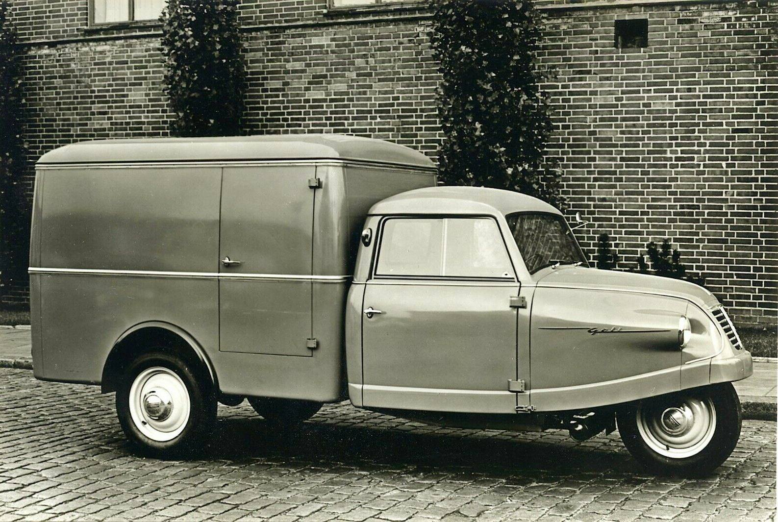 Goliath-Dreirad-Kleinlastwagen-Goli-Kofferaufbau-Werkfoto-1