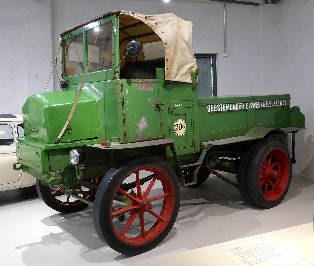 Hansa-Lloyd_Elektro-Schlepper_Typ_DL_5,_Bj-_1935_(3)