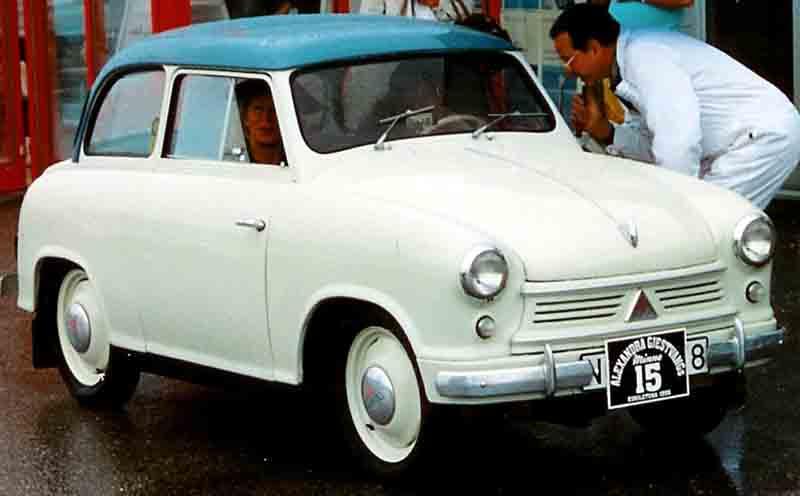 Lloyd_LP-400S_1955