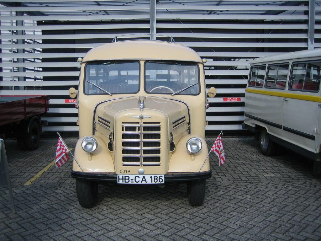 Borgward-B-511(11)