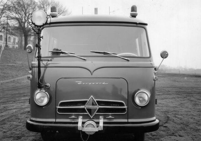 Borgward-B-611-(12)