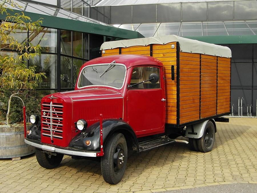 Borgward-B1250-(1)