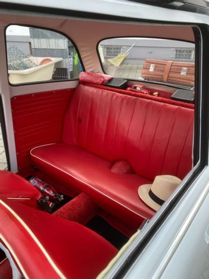 Goggomobil-T250-Limosine-1967-(2)