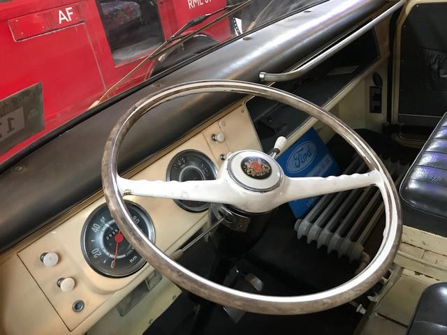 Borgward-B111-Pick-up-1961-(3)