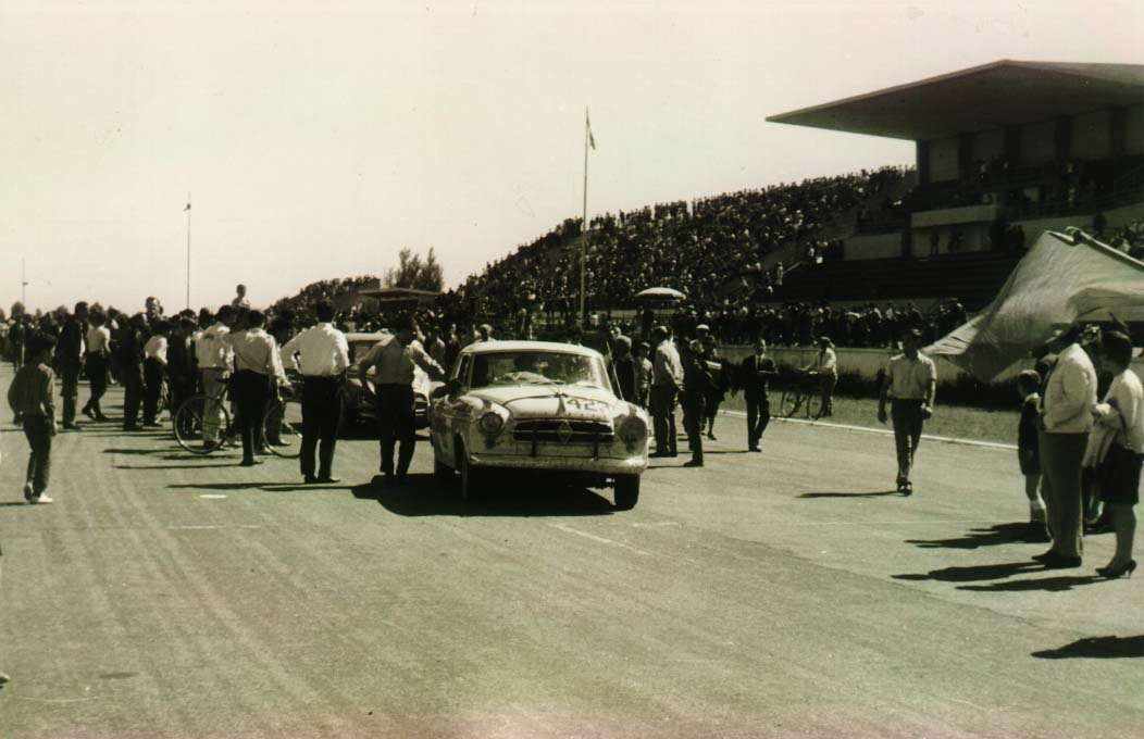 Borgward-Javier-car-1961-when-arrive-2nd-in-the-V-gran-Premio-in-the-circuit-of-Buenos-Aires