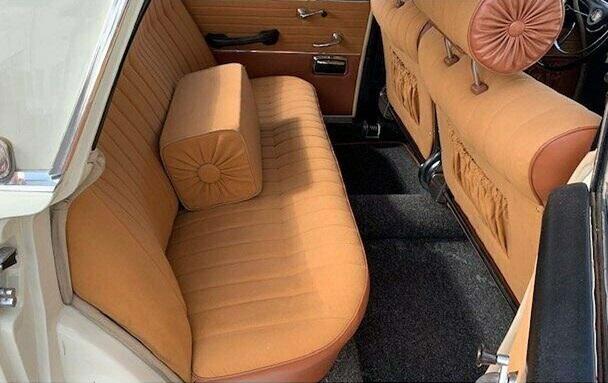 Borgward-P100-Limousine-1961-(2)