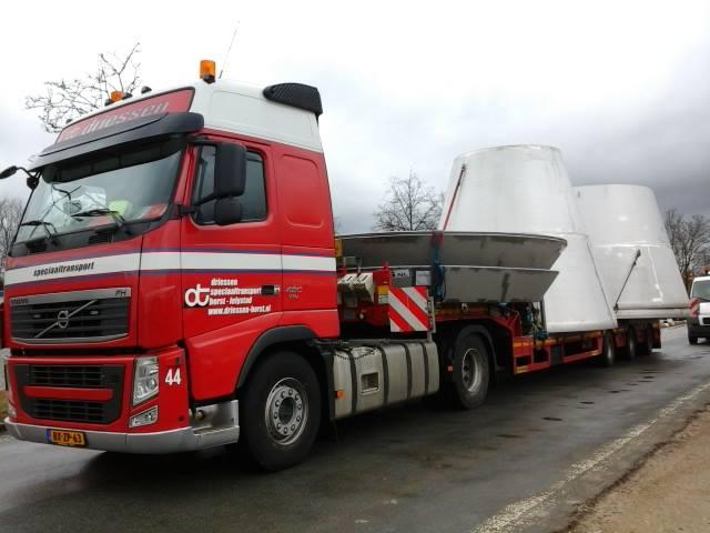 Breedte-transport-Maasbracht-Lieboch-A-20-1-2015-(5)