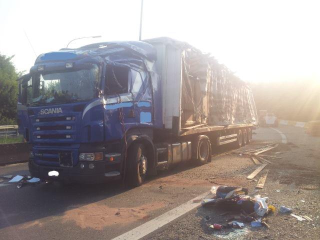 9-7-2013-20-ton-Cacaobonen-Luithagen-Antwerpen-(4)