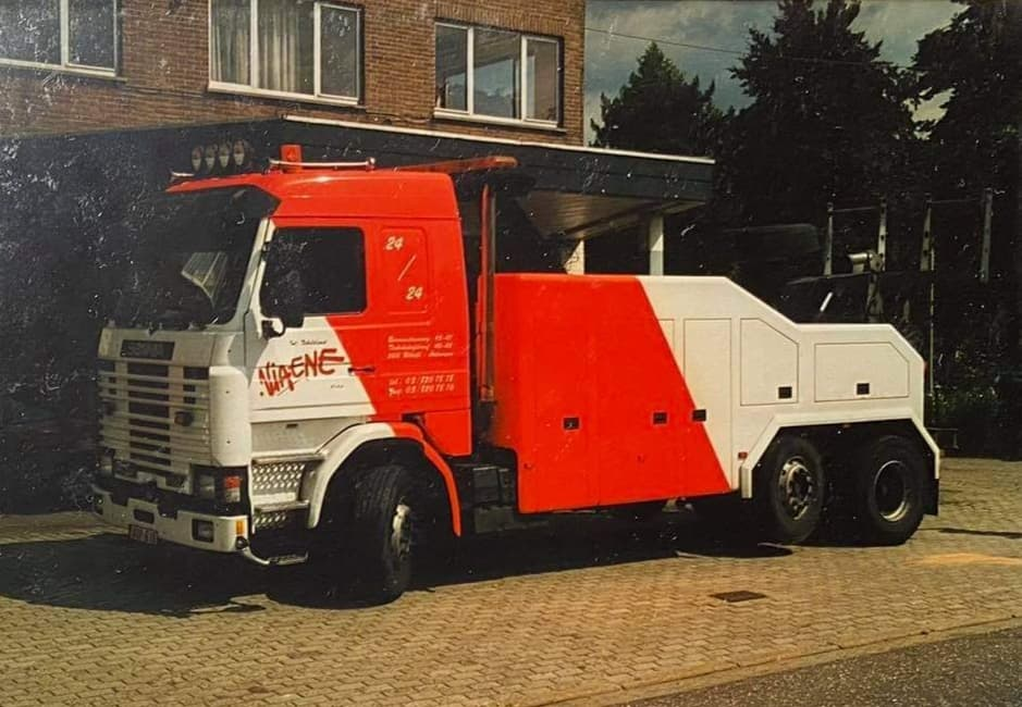Viane-Takeldienst-Antwerpen--(8)