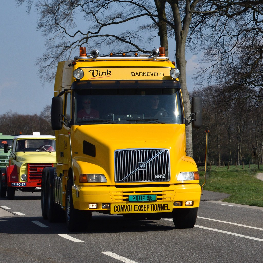 Volvo-NH--12