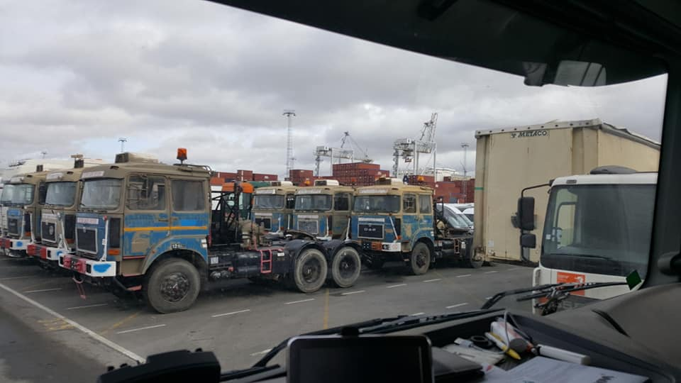 O-A-F-ex-leger-maar-een-beetje-blauw-erop-Antwerpen-haven-met-Afrika-als-bestemming--(1)