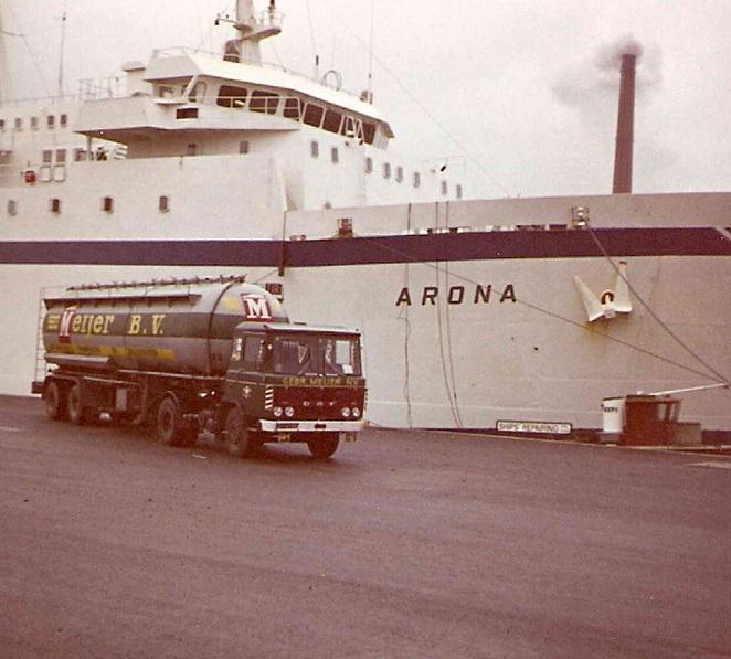 DAF-2600-aan-de-ferry-boot