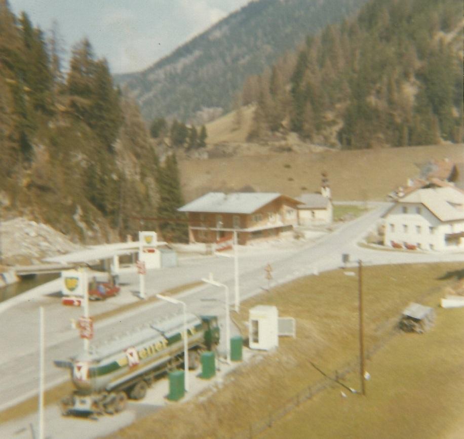 DAF-2600-in-Oostenrijk-op-de-oude--weg