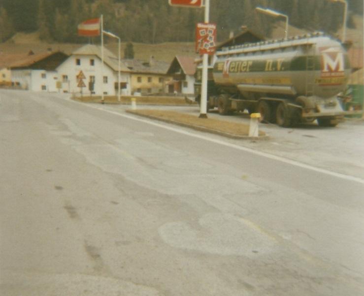 DAF-2600-in-Oostenrijk-op-de-oude-weg