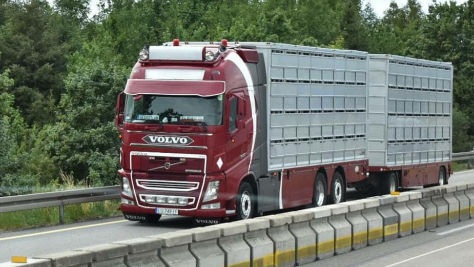 volvo-nu-in-Polen-Dirk-Strik-zijn-oude-wagen