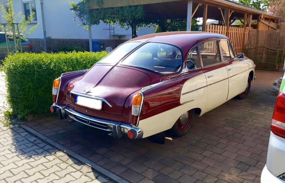 Tatra-603-V8-(3)