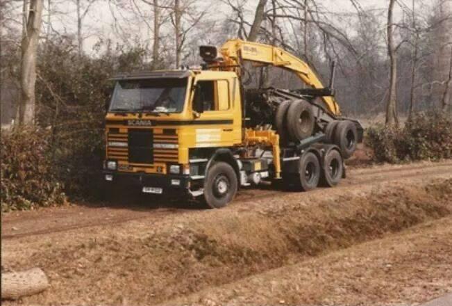 0-Scania-de-eerste-V8--1985-