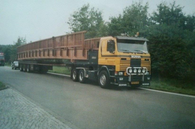0-Scania-met-een-brug