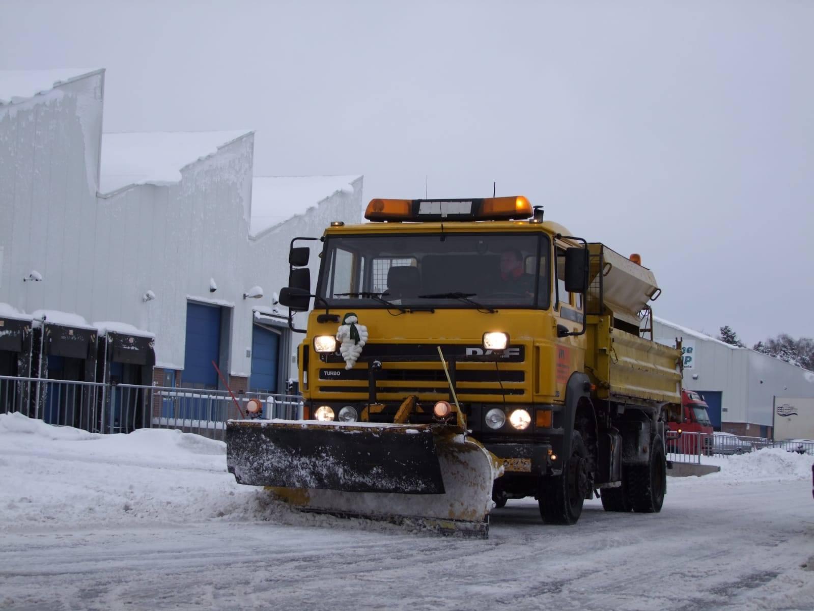 Daf-sneeuwschuiver-2010--Jan-archief-(1)