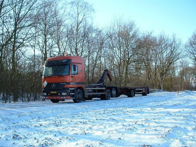 Winter-wonderland-2003-(2)
