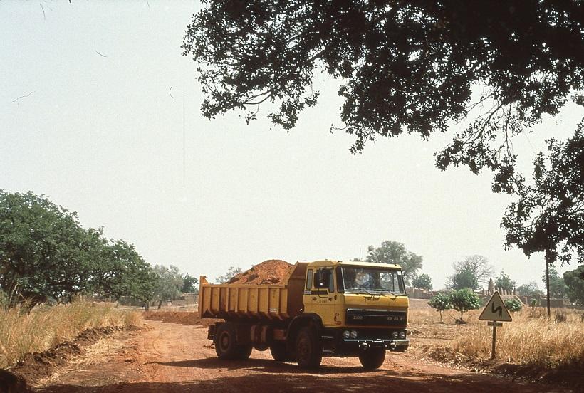 DAF-2300-Afrika-Ad-van-Geel-archief-(3)