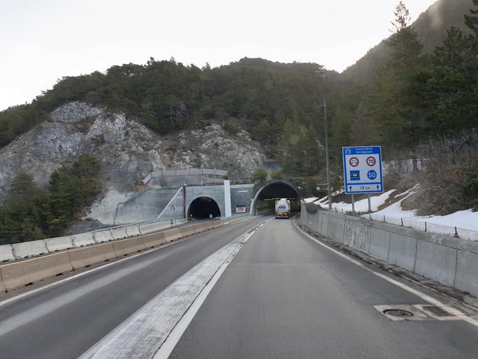 Ruud-Rosenboom-Laatste-ritje-met-de-Daf-was-een-mooie--reisje-🇮🇹via-de-Tunnel-de-Frejus-heen-en-terug--Dit-weekend-de-Scania-gekregen--ben-benieuwd--27-2-2021--(2)
