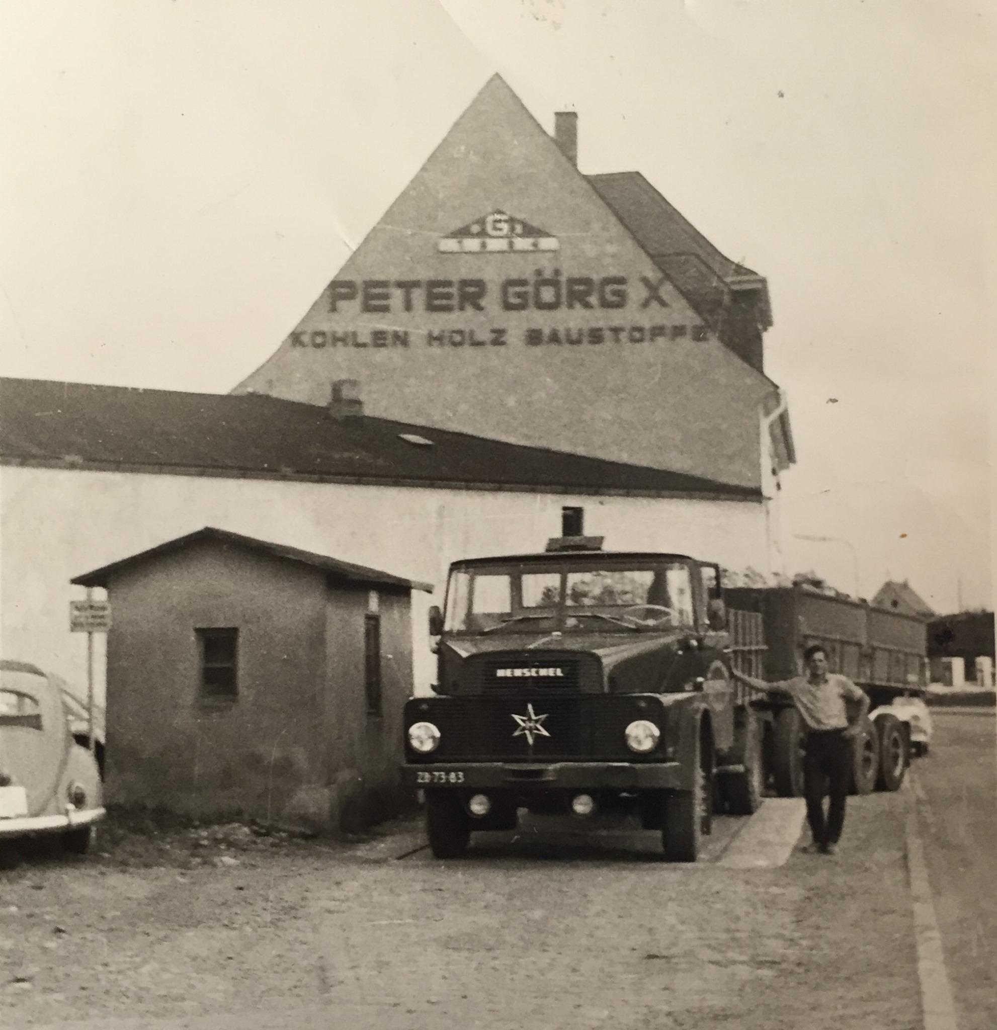 Henschel-1966-Jeu-op-de-weegbrug-