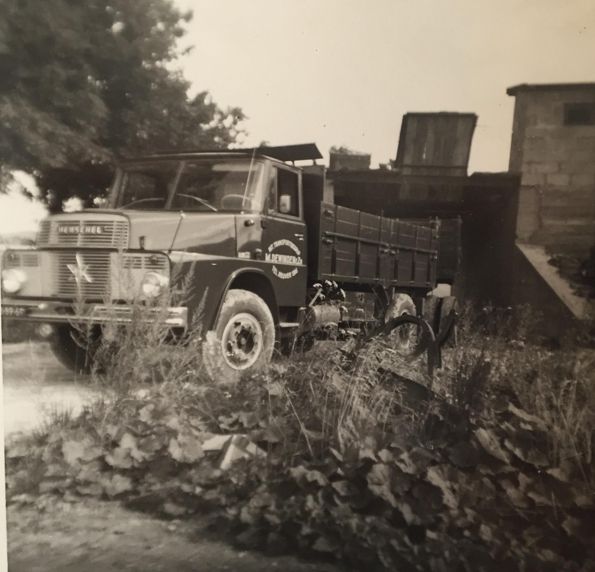 Henschel-groebe-Hassmann-in-Leuterrod-WW-VB-89-69-Jeu-1963-