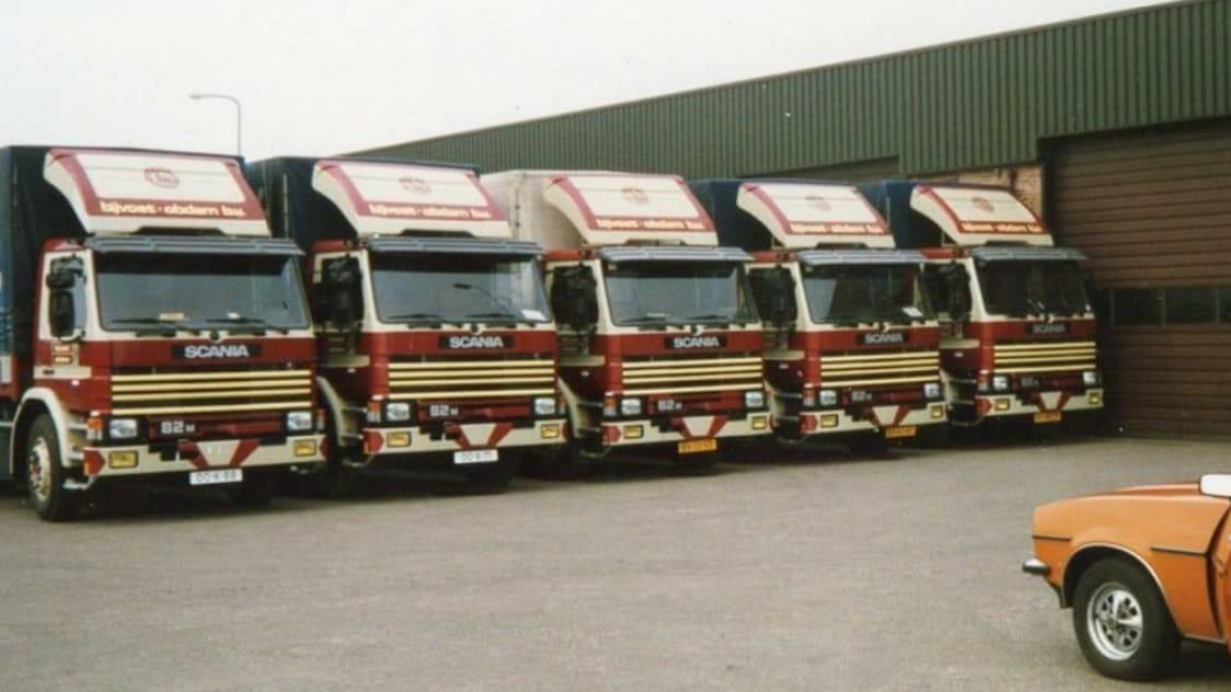 Scania-rijtje-Rob-Rendering-heeft-er-ook-nog-mee-gereden