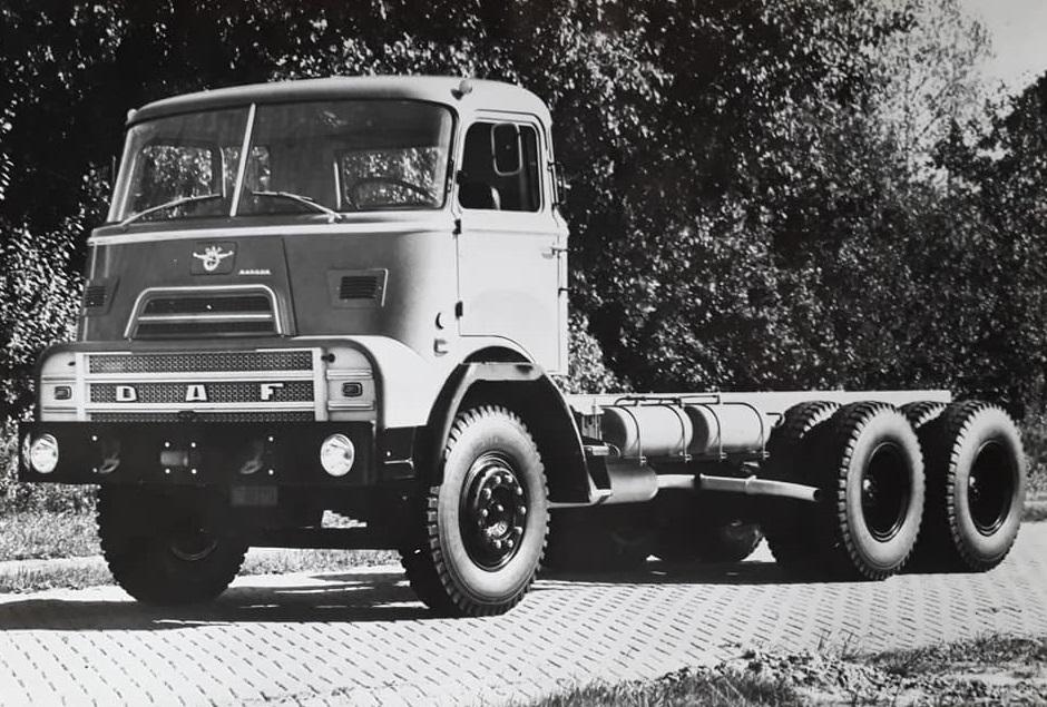 DAF-2400-ATE--6X4-Daf-AZ-1900--Hans-Koning-archief-(8)