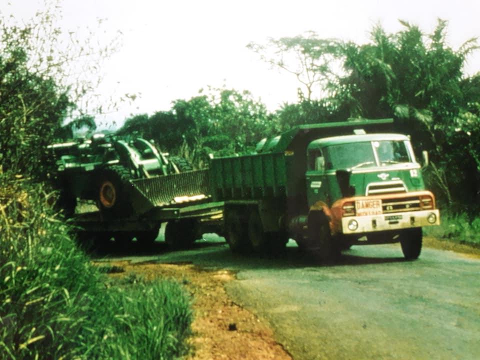DAF-DO--de-koning-van--de-Ivoorkust-Hans-Koning-archief-(14)