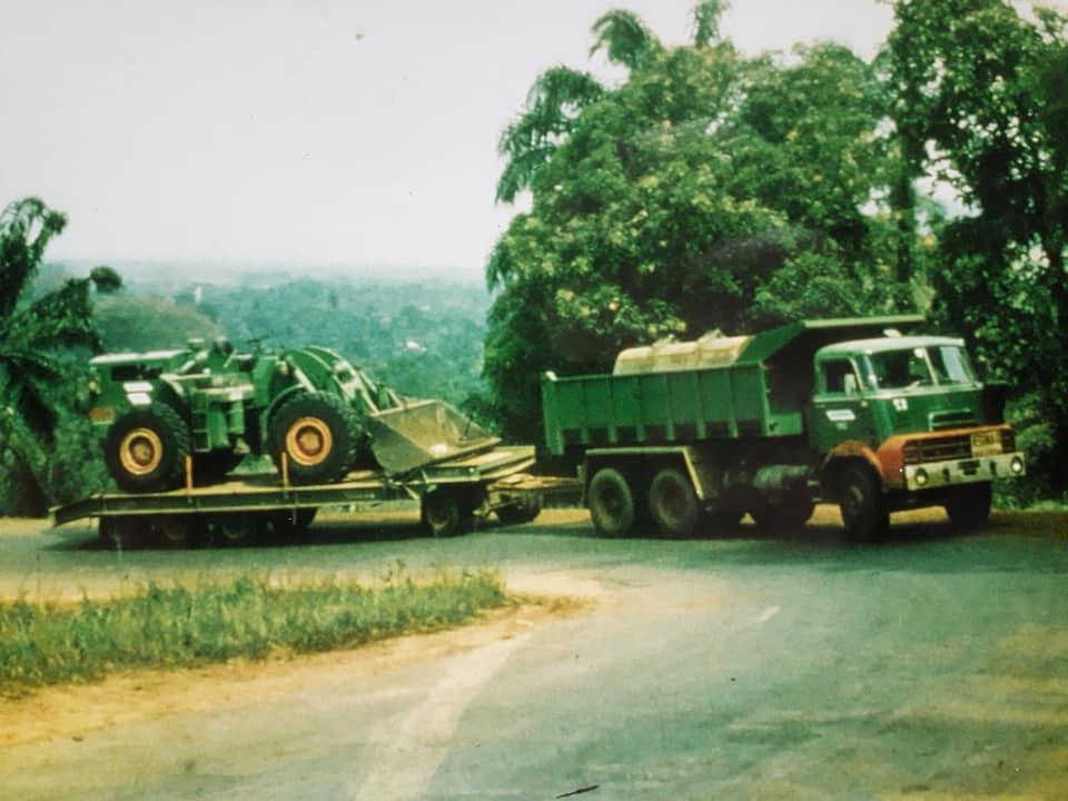DAF-DO--de-koning-van--de-Ivoorkust-Hans-Koning-archief-(15)