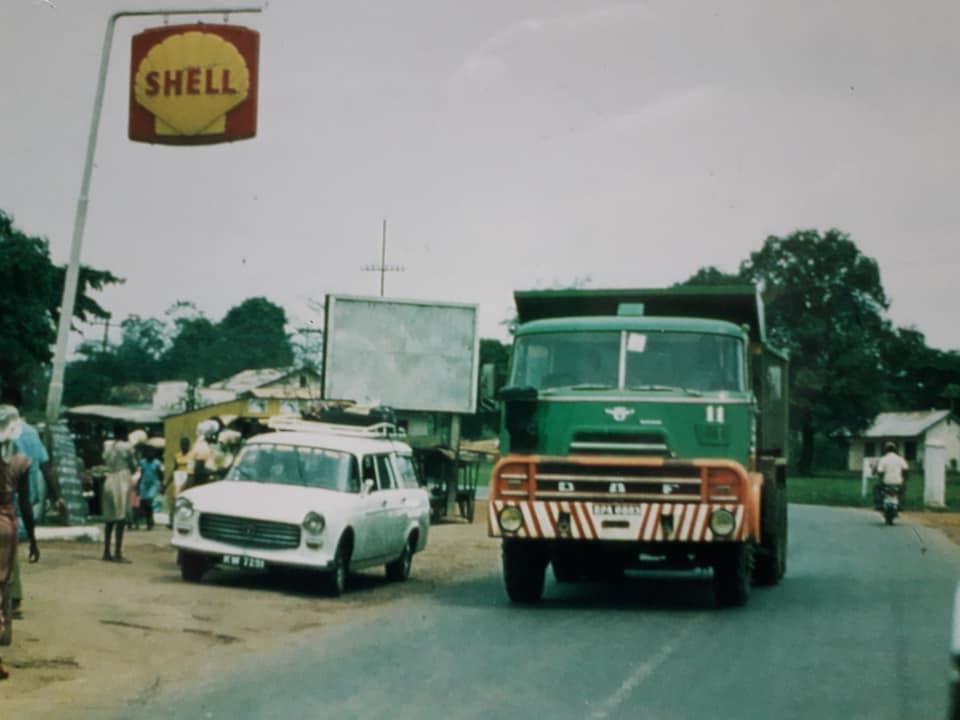 DAF-DO--de-koning-van--de-Ivoorkust-Hans-Koning-archief-(19)