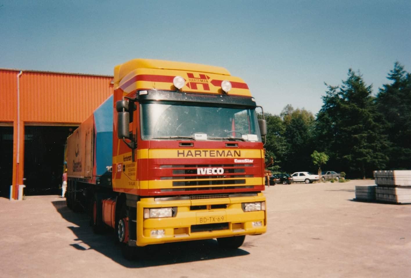 Iveco--1997-voor-en-later-in-Rusland(1)