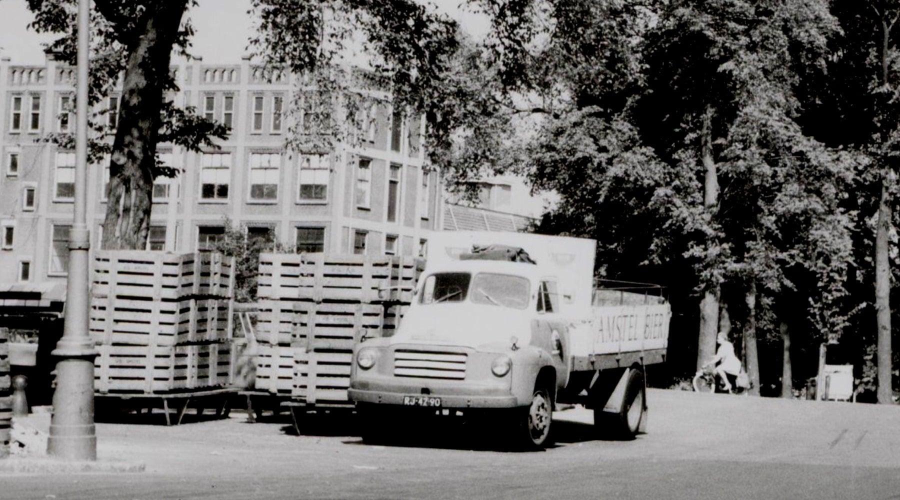 Amsterdam-Mauritskade-Amstel-Brouwerij-Bedford-A-1966---
