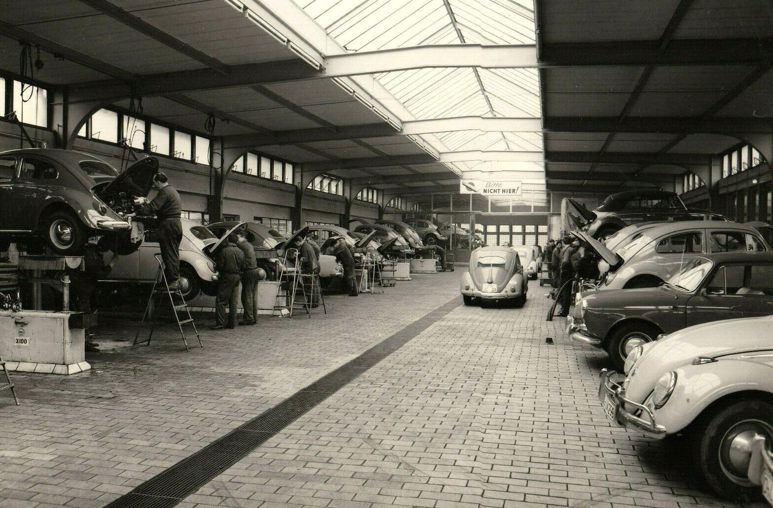 Dusseldorf-Volkswagen-Handler-Fa--Nordrhein-1966---