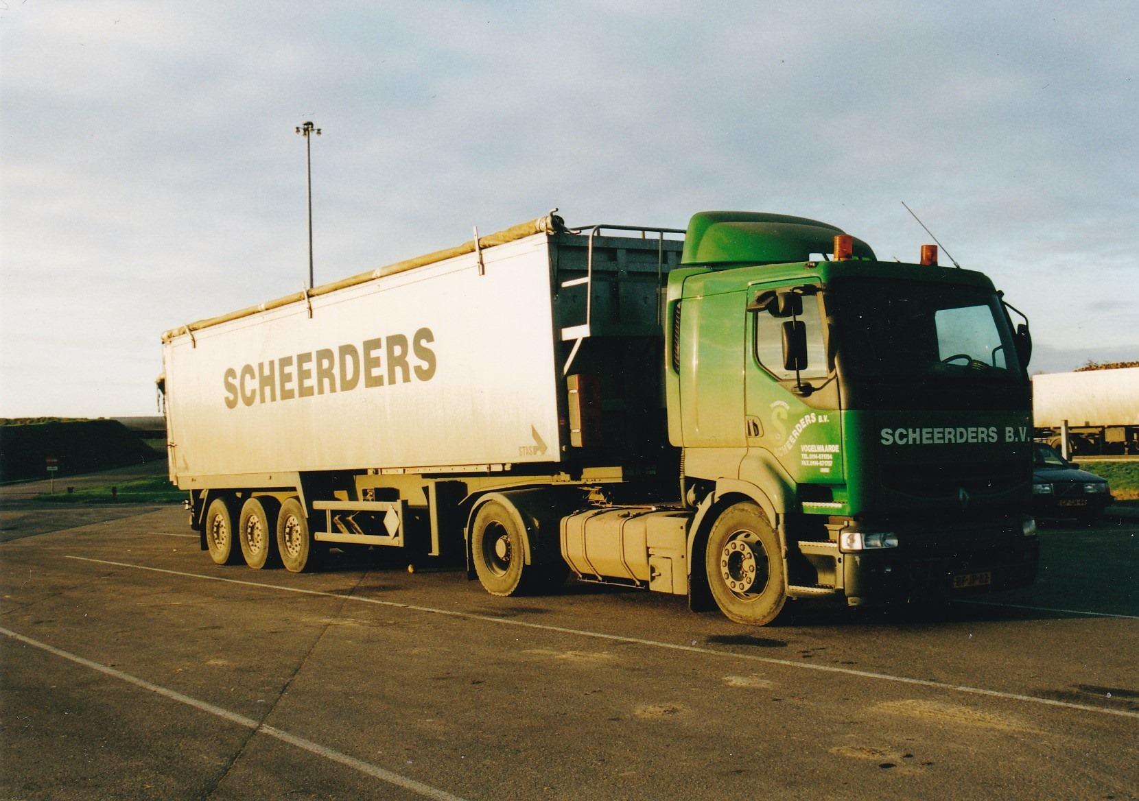 Ad-van-Mierden-BF-JP-82-op-de-suikerfabriek-in-Stampersgat-in-2001---