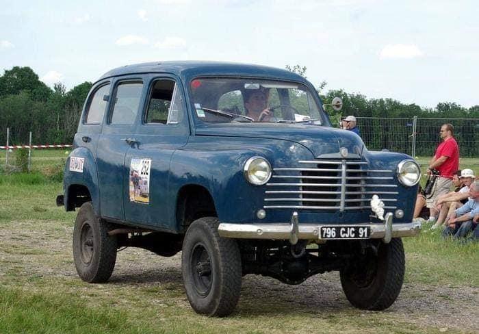 Renault-Prairie-Colorale-4x4---ca-1952-(1)