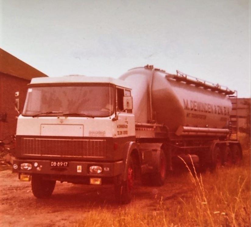 1977-op-de-Broeklaan-BD-89-17