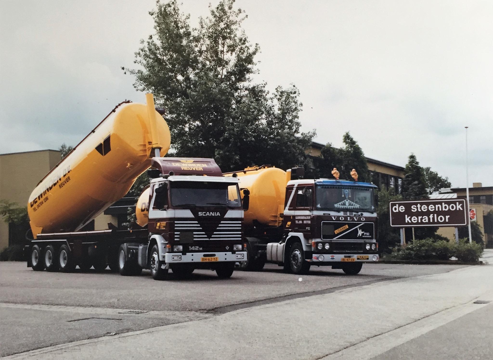 1987-bij-de-Steenbok-Reuver-met-bulk-Kippers-met-nog-opschrift-Dewinden-Reuver-Ton-Verdellen-en-de-Volvo-Jac-Bremmers