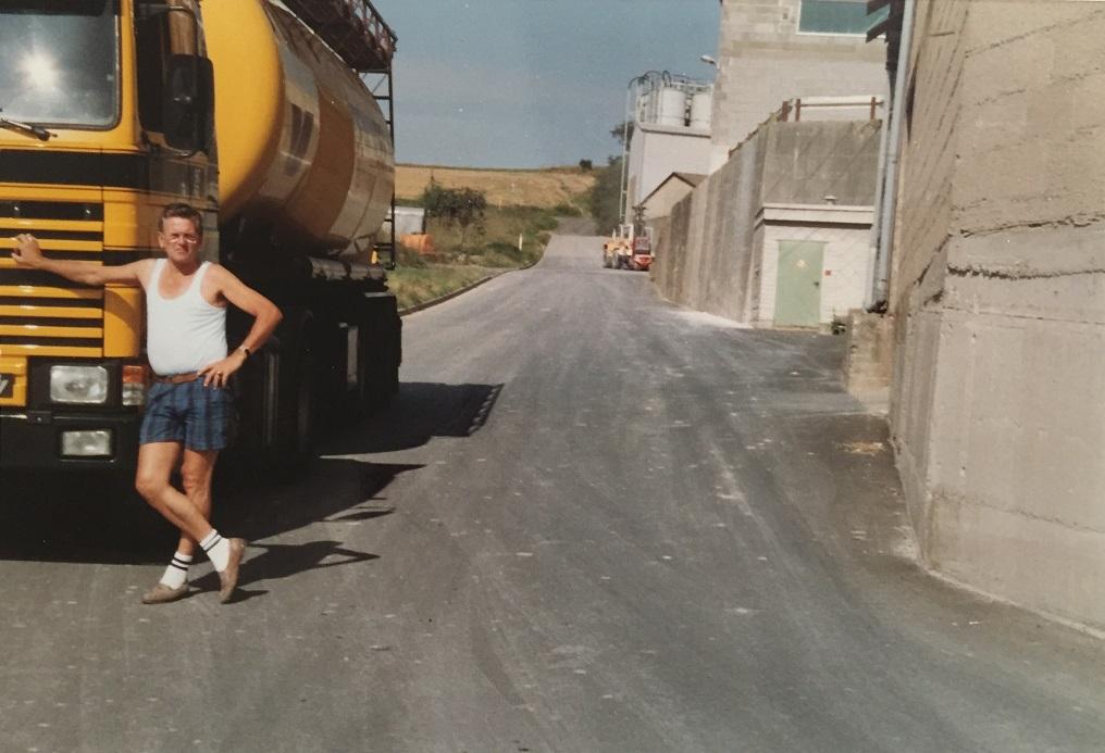 1992-jeu-BH-62-YZ-laden-in-Boden-Westerwald