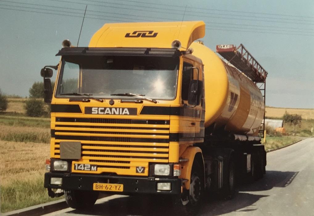 z-1992-laden-Goerg-Scheinder-in-Boden-WW-Jeu-