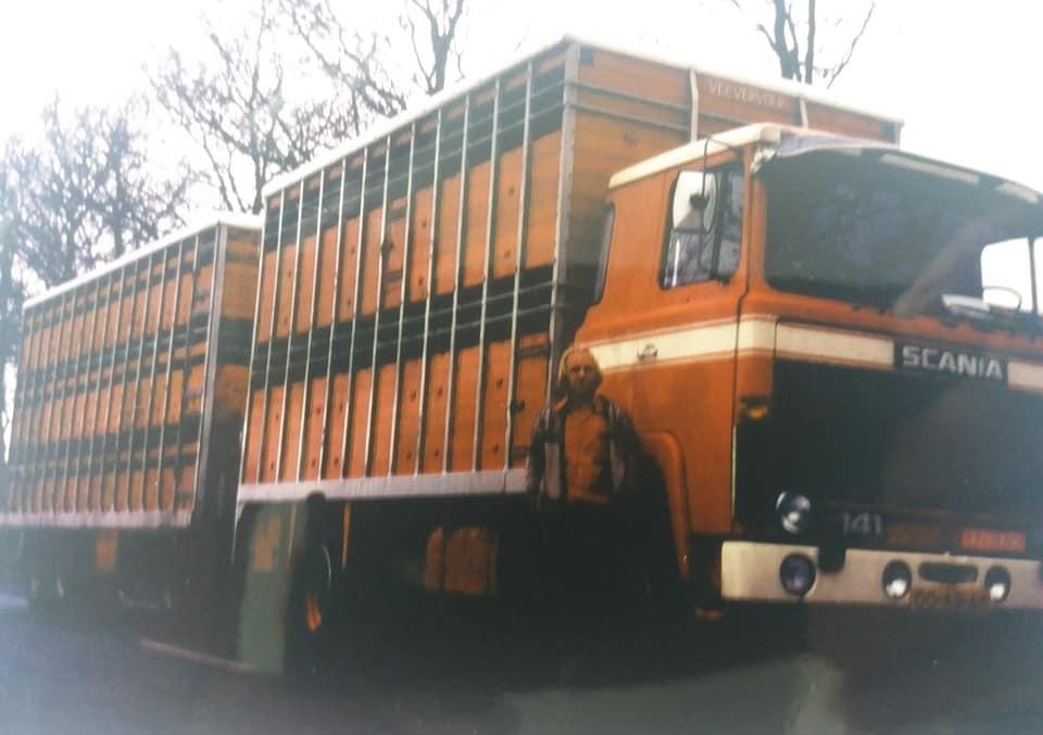 Siebren-Bergsma,-onze-eerste-Italië-rijder---helaas-niet-meer-onder-ons-RIP---met-zijn-Scania-141-combinatie