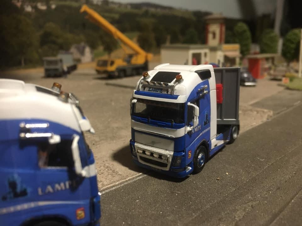 Volvo-(3)